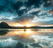 Lake Moogerah Sunset by Stuart Cox