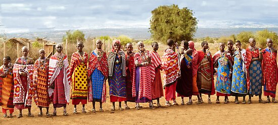 Maasai women by Linda Sparks