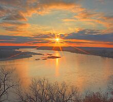 Missouri River Sunset by intotherfd