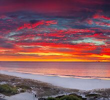 North Fremantle Sunset by Paul Pichugin