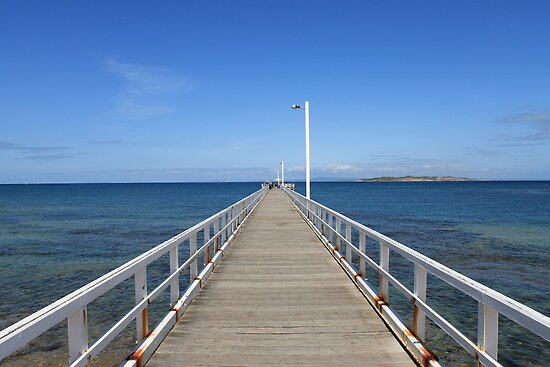 Point Lonsdale Pier - Victoria, Australia by lgmo