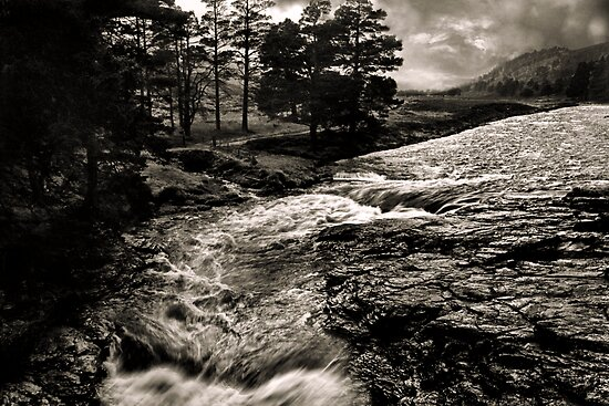 Linn Of Dee, Aberdeenshire by Mike Crawford