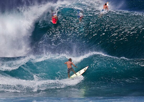 Surfer At Banzai Pipeline 2011.2 by Alex Preiss