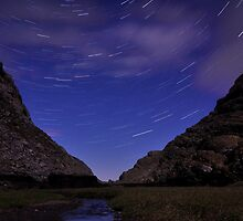 Startrails Gap Of Dunloe  by amuigh-anseo
