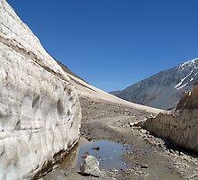 Snow Bank Lahaul Valley by SerenaB