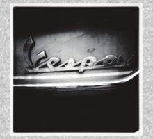 Vespa Classic B&W by delosreyes75