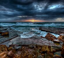 Turimetta Globe by Ian English
