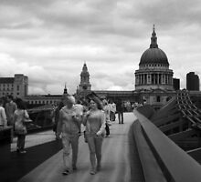 Saint Pauls, Millenium Bridge by Zamzara