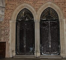 Winchester Castle Doors by briandhay
