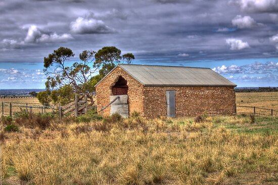 Old Barn - Sedan, Murraylands, South Australia by Mark Richards