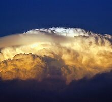 Dark Clouds 3 by Graham Taylor