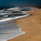 Boavista coast - only waves and wind by Annette Flottwell