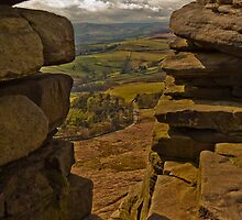 Stanage Edge by Lee Elvin