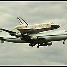 Space shuttle Discovery by jeff deceunick
