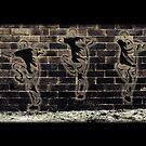 Fighting Graffiti by raevan