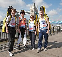 Musicians at Tower Bridge ahead of the London Marathon 2012 by Keith Larby