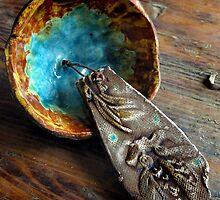 Inside a Koi Bell by Carla Wick/Jandelle Petters