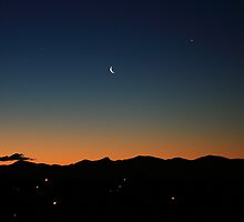 Last light over the Kahurangi Mountains by Duncan Cunningham