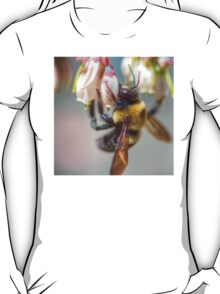 Mom and Baby matching Bee Back at 3:30 pm outfits T-Shirt