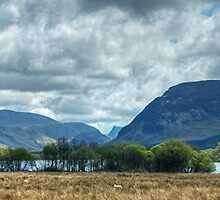 Loweswater And The Surrounding Fells by VoluntaryRanger