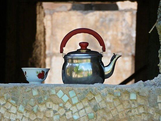 Teatime by heinrich