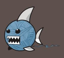 Yarn shark (blue) by sharkandfriends