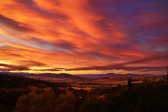 Coal River Valley sunset - Richmond, Tasmania, Australia by PC1134
