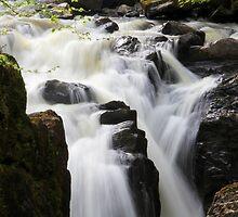 Silky Falls by dgscotland