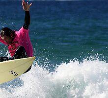Le-Ba surfing by Trish Threlfall
