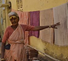 woman in Madurai by isabellasartes
