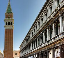 St Mark's Basilica and Procuratie Nuove by Tom Gomez