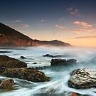 Coalcliff Rising - Coalcliff, NSW by Malcolm Katon