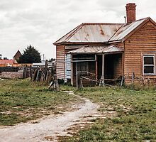 Old House Sydney rd North Coburg 1958 04050004 by Fred Mitchell
