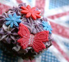 Jubilee Cupcakes by emajgen