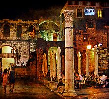 Diocletian's Palace by Lynnette Peizer