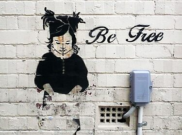 Be Free Graffiti by Roz McQuillan