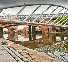 Deansgate Locks (Manchester) by Stephen Knowles