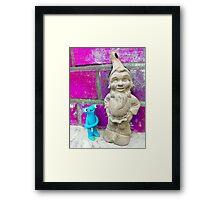 Knubbelding vs. garden dwarf Framed Print
