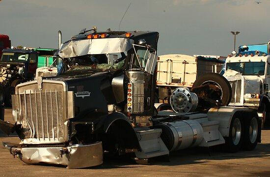 Truck 7955 by Thomas Murphy