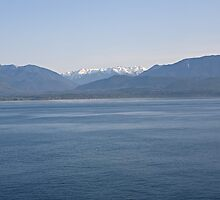 A Mountain range North of Seattle by Keith Larby