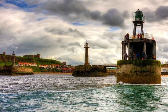 Whitby Harbour Entrance by Tom Gomez