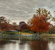 Boston Commons by jswolfphoto