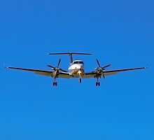 Beechcraft Super King Air 350 by Mark  Lucey