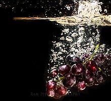 Grape wine.... SPLASH by rki747
