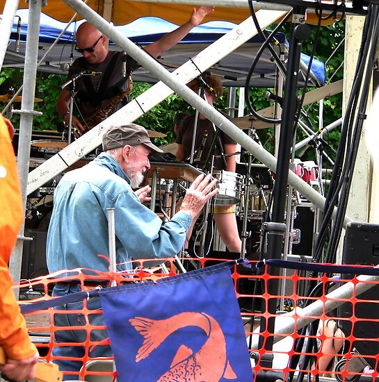 Pete Seeger at 2012 Clearwater Fesival.. by andytechie