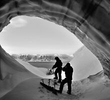 Svalbard Grotto by Blagnys