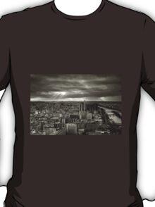 Sun Rays Over Paris - HDR Black & White T-Shirt