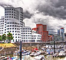 Duesseldorf - Gehry buildings and harbor by Luisa Fumi