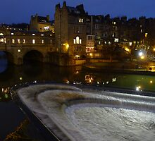 Pulteney Bridge at night - City of Bath. by rennaisance