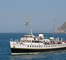 MV Balmoral at Llandudno  by Rod Johnson